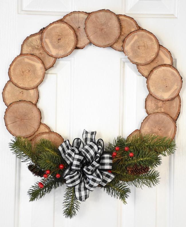 DIY-Wood-Slice-Wreath-9-of-11.jpg